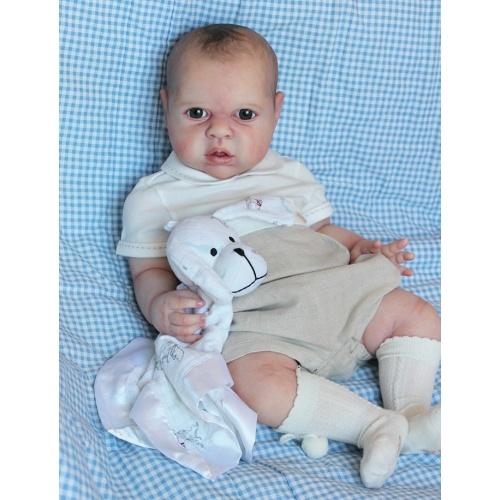 Elliot de 6 meses de edad