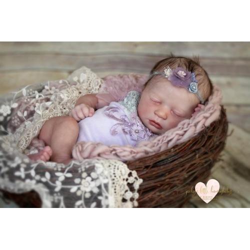 Realborn® Asleep Skya