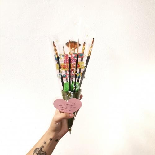Ramo de pinceles Especial San Valentín